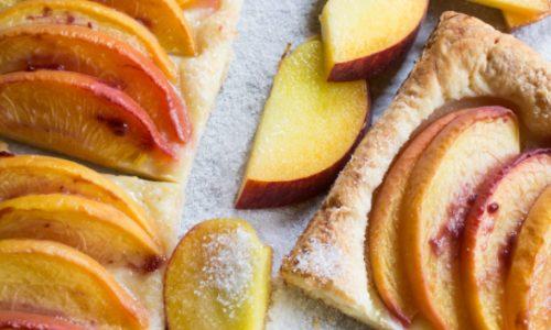 Mini Peach Pastry